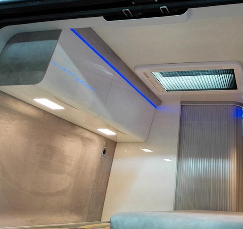 RV caravan light
