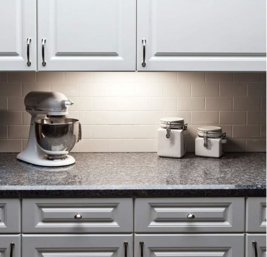 waht ideas and tips about under cabinet lights?