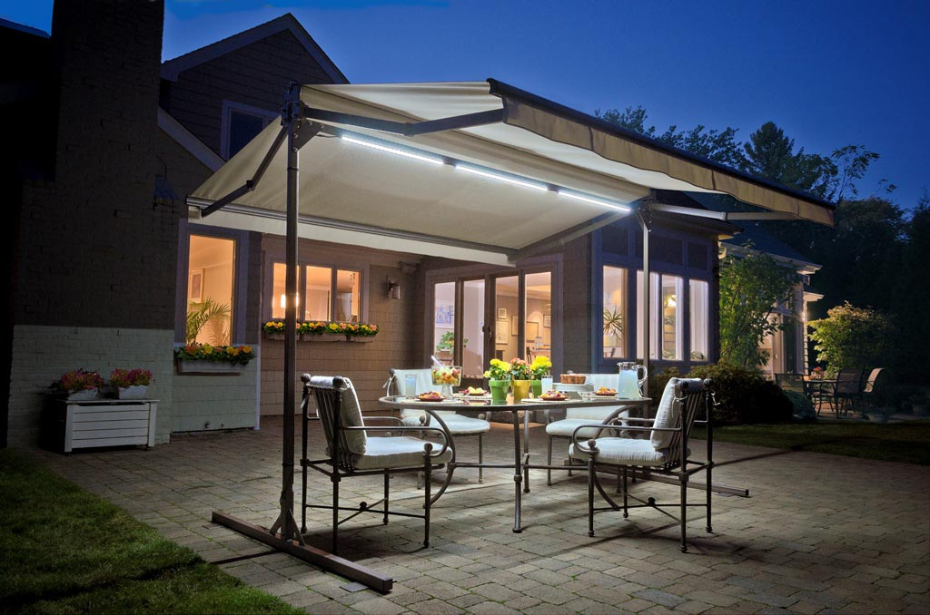 LED Awning Light Make You Have A Happy Party!